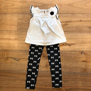 J&J Black & White Bow Print Leggings & Flower Top